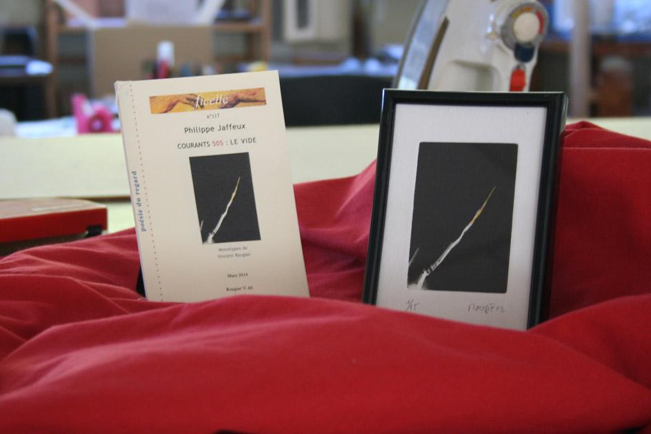 Livre et cadre de Courants 505 : Le vide